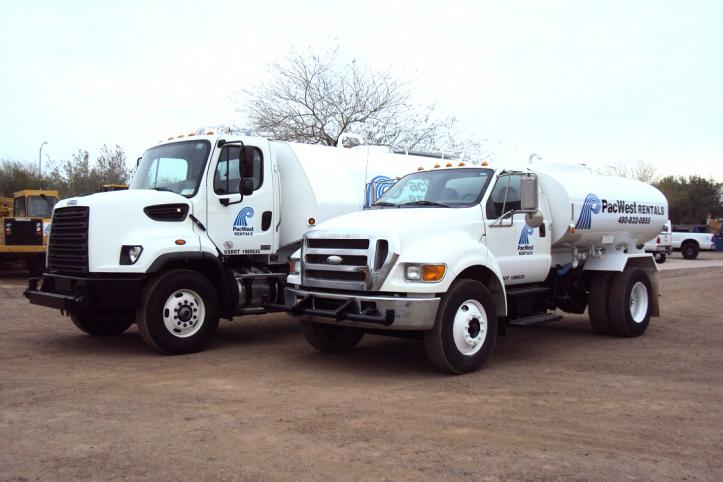 4000 and 2000 Gallon Trucks